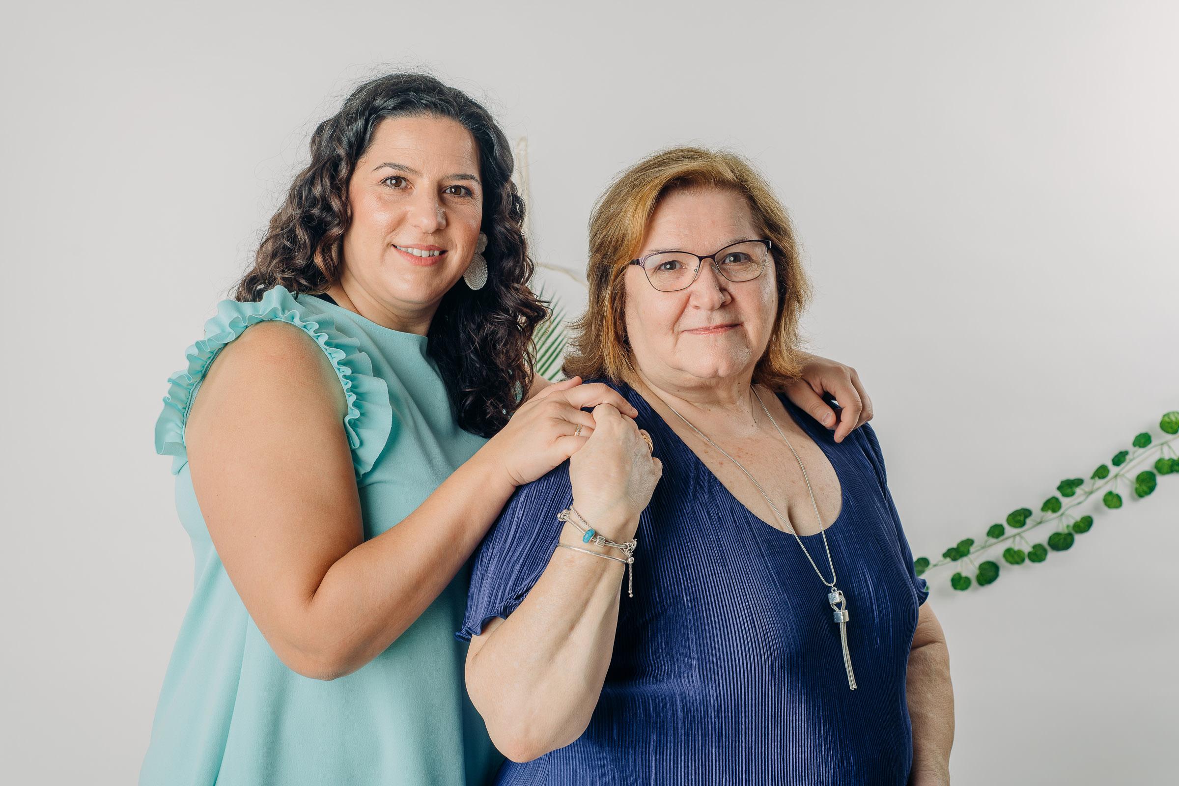 Fotos de familia estudio en Sevilla (7)