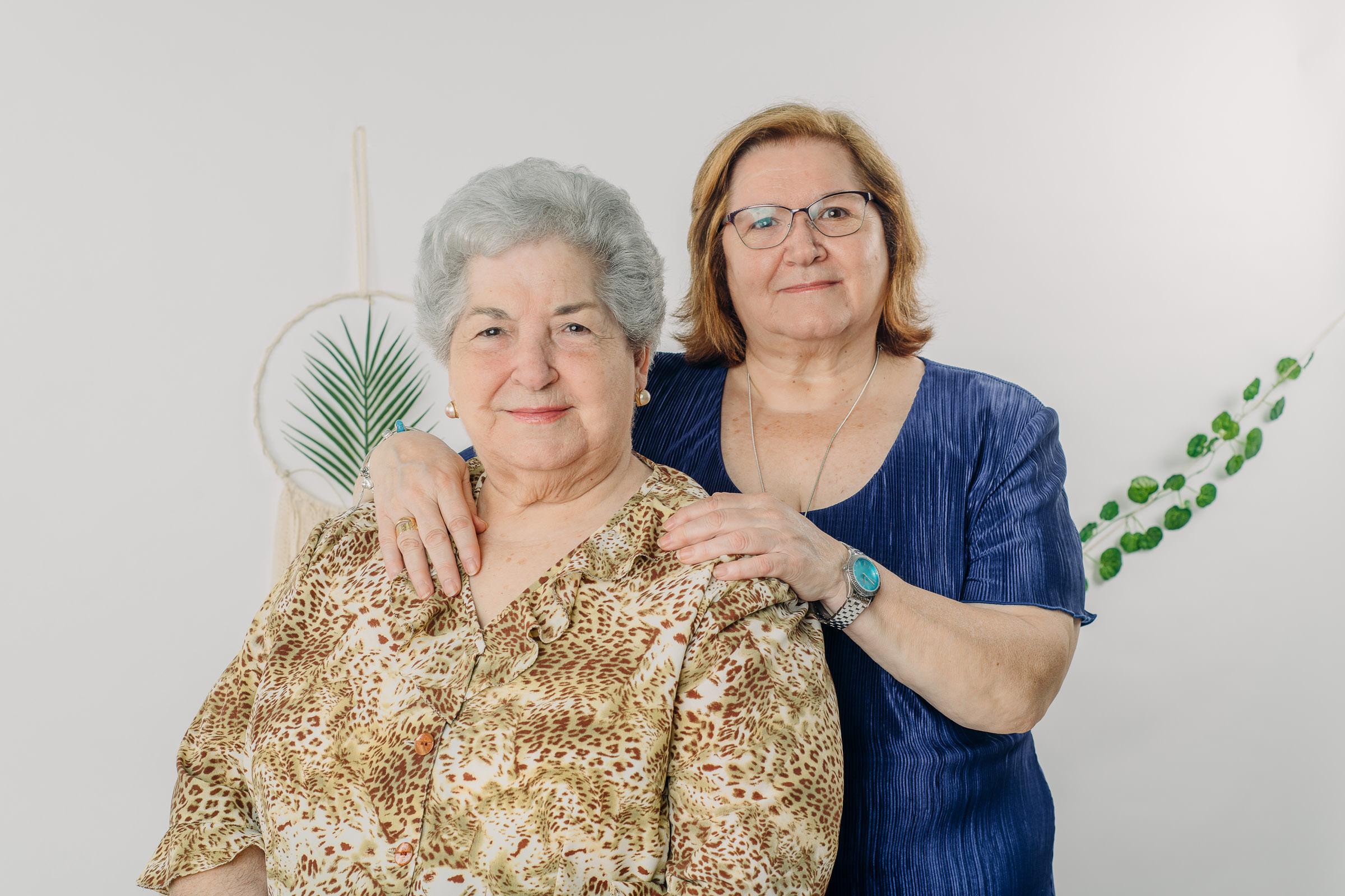 Fotos de familia estudio en Sevilla (8)